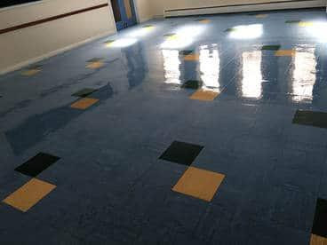 Cleaned vinyl floor