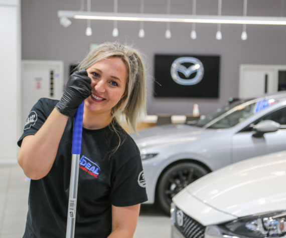 Showroom cleaning